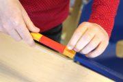 Montessori Grunschule Hangelsberg_Dankeschön an Geschäftsführer_Selbstbau Numerischer Stangen_2